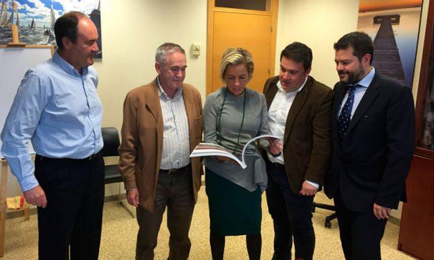La Consejería de Agricultura respalda la celebración del Congreso Extraordinario de Fruta de Hueso