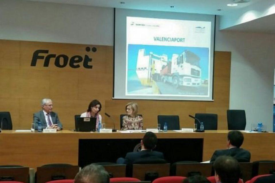 Valenciaport ofrece a Murcia sus ventajas competitivas para exportar frutas y hortalizas